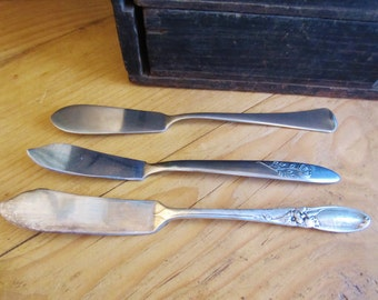 Three Vintage Butter Knives, Onieda, Rogers