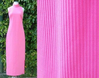 Vintage 1960s / 1970s Pink Turtleneck Column Dress