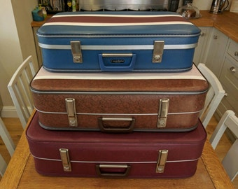Set of 3 vintage suitcases