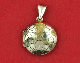 Sterling Silver 925 Flower Design Locket Charm