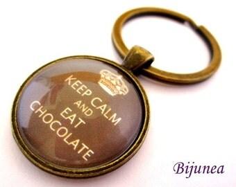 Keep calm and eat chocolate keychain - Brown keep calm keychain - Chocolate keychain k127