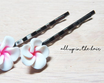 Flower Bobby Pins - White Plumeria Bobby Pins - Set of Two - White Flower Bobby Pins - White Flower Hair Pins - White Bobby Pin