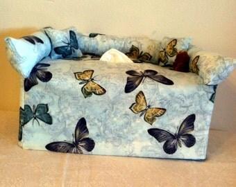 "Tissue Box Cover ""butterflies"" #134"