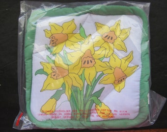 NOS Lillian Vernon Pot Holder - Daffodil Design
