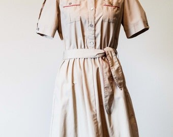 Altogether Fashions Tan and Red Belted Dress | Size 15/16 | Collared Dress | Button | Pockets | A Line | Khaki | Beige