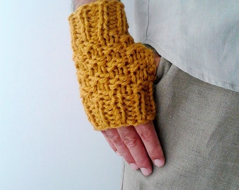 Mustard yellow gloves Mens fingerless mittens gloves, knit gloves wrist warmers, wool mittens, knit mittens crochet mittens fingerless mitts