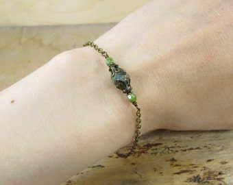 Bracelet bog forest, green bracelet, bracelets bronze delicate glass beads green turquoise, magical Mystic fairy tale, vintage style handmade