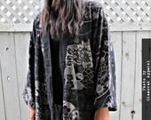 Lotus Flower Japanese Samurai Kimono Jacket Coat for Ladies & Men - Gothic Poncho