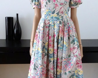 Robe LAURA ASHLEY blanche fleurs vives taille 34 / size uk 6 / us 2
