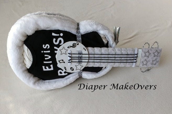 unique baby gift guitar diaper cake baby shower gift. Black Bedroom Furniture Sets. Home Design Ideas
