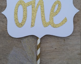 First birthday centerpiece, first birthday princess party,prince, one ,white and gold