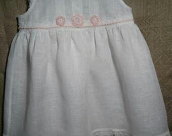 White Flower Girls Linen Dress. Flower Girls White Linen Dress. White Linen Dress for Flower Girls.