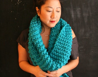 Extra long chunky knit infinity scarf
