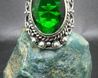 Chrome Diopside Sterling Silver Ring, size 8.