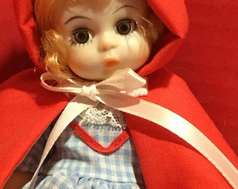 Madame Alexander Disney Red Ridding Hood 8 inches