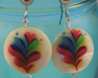Pastel feather shell dangle earring