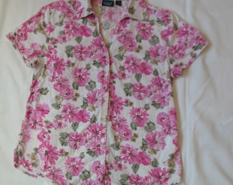 womens floral blouse, pink flowers top, 80s Vintage Gloria Vanderbilt, button down, size medium, cotton rayon floral shirt, shabby chic