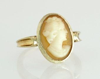 Antique Vintage Estate 10k Yellow Gold Hand Carved Orange & White Cameo Ring 2.3g