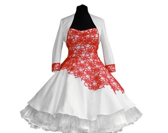 Wedding dress with lace detail /red