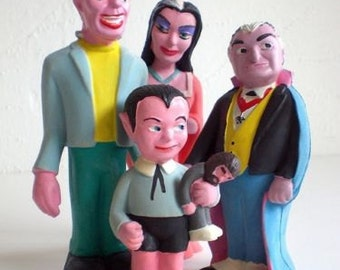 Vintage The Munsters Squeeze Dolls Complete Set Herman Eddie Lily & Grandpa MISP
