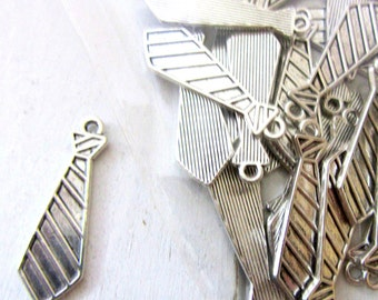 20 Neck Tie (medium)  30mmx10mm Antique Silver - GCF1300 Necktie, Pendant Charms, Masculine, Father, Dad, Man, Father's Day