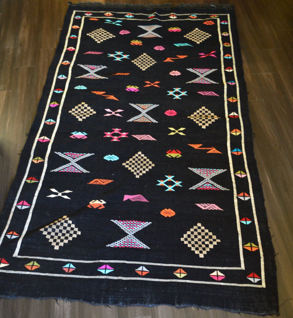 Authentic Handwoven Moroccan Kilim Rug Black / Multicolored