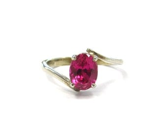 14k White Gold 1.53 ct Natural Hot Pink Magenta Sapphire Stackable Bypass Ring, size 6, September birthstone