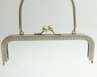 1 bronze metal purse frame with sewing holes 18 cm, supplies, purse frame with handle