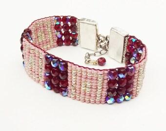 Seed Bead Bracelets,Handloomed Bracelet,Bead loomed Bracelet,Mothers Day Gift,Boho Jewelry,Gifts for her,Beaded Bracelet,Loom Bracelet,beads