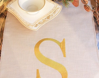 Lining table runner,Embroidery personalized table cloth,monogram burlap table runner,rustic table runner, rustic wedding table runner