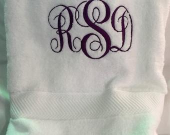 Monogrammed bath towel,monogrammed towels,Graduation Gift, Gift for Graduate, monogram towel,monogram bath towel,monogram bath towels,sale
