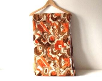 Vintage Jacquard Fabric Upholstery Fabric / 1970s Orange Geometric Pattern / Furniture Upholstery Sewing Fabric