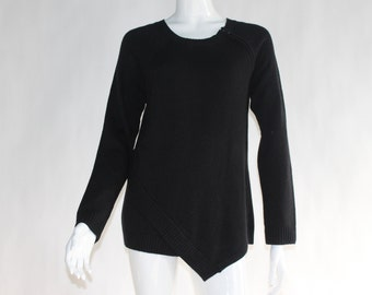 Vintage Knitted Black Sweater - Size MEDIUM