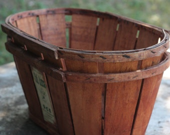 Vintage wooden wine crate etsy for Where can i find old wine crates