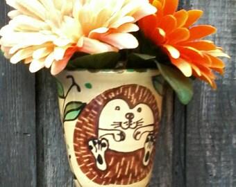 Hedgehog wall pot, handmade wallpot, hedgie vase, pen holder, hedgehogs, dancingharepottery, folk art, home decor,  pottery,art pottery,