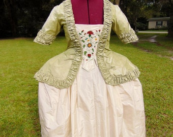 18th century Pet-en-l'air Dress. Short Robe Francaise. 100% Silk Taffeta. Hand stitched. Hand Embroidered.