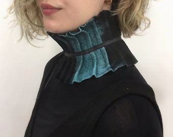 Wool Scarflette, Wool Neckwarmer, Felted Neckpiece, Neckwrap, Boiled Wool, Winter Collar, Ana Livni