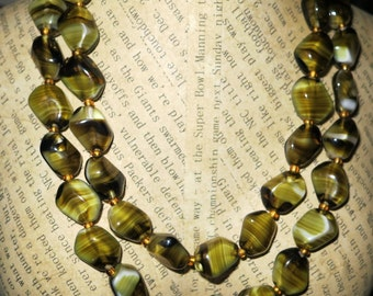 Lovely 1950s 2 strand olive green banded glass necklace