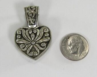 Vintage Sterling Silver Filigree Onyx Pendant
