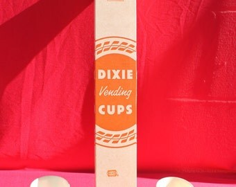 Vintage NOS Dixie Cups Groovy Mod