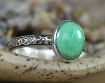 Size 7 - Variscite Statement Ring in Sterling - Silver Art Deco Renaissance Diamond Pattern Band - Green Gemstone Ring - Ready to Ship