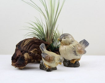 Two Sweet Birds figures Easter decoration Table decoration display figurine ceramic handmade 70s animal figures