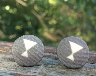 16mm Canvas/fabric nickel-free earrings - gray with off-white martini glass earrings
