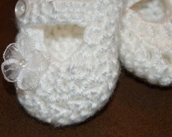 White Booties, Mary Jane booties, Baby booties, Newborn shoes, Flower Show, Blessing booties, Christening booties