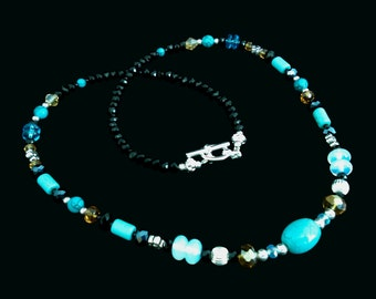 Beautiful Turquoise and Moonstone Necklace