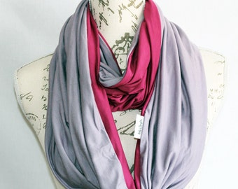 Infinity Scarf with zipper pocket / Lilac and Pink Infinity Scarf with hidden zipper pocket / Travel scarf / Valentines Day Gift
