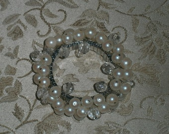 Pearl and Crystal Cha Cha  Expansion Bracelet