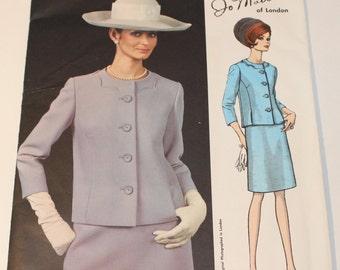 Vintage Vogue Couturier Dress Sewing Pattern, # 1797, Jo Mattli of London, UNCUT, circa 1960s.