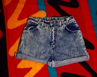 90's Acid Washed High Waisted Summer Shorts / Tioga Sport