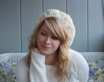 The Piroutte || Hand Crocheted Slouchy Beret Hat || Off White Sparkle